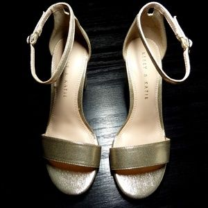 Kelly & Katie - Hailee Sandal 5.5 B Gold Metallic